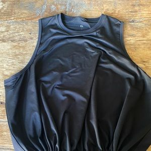 GOOP Exercise Top with adjustable middy